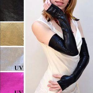 Trixy Xchange Black Metallic Costume Gloves